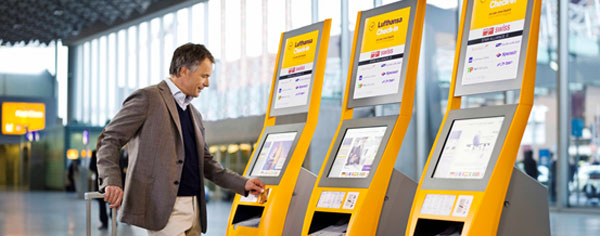 LCD Touch Screen Systems And Self-Service Kiosks inAirport